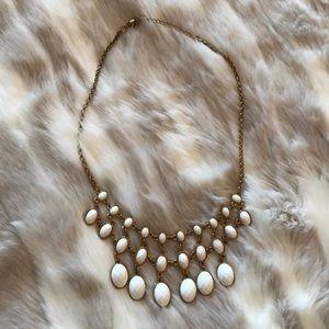 Statement necklace. Cream and gold. Super cute!